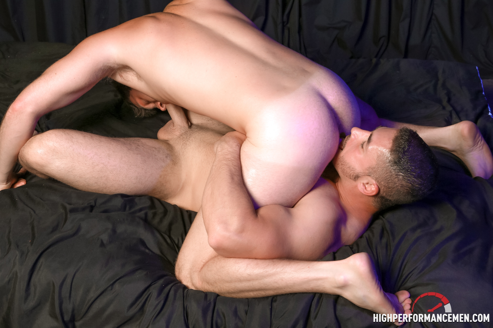 Muscular gay rimmed and doggystyled by hunk